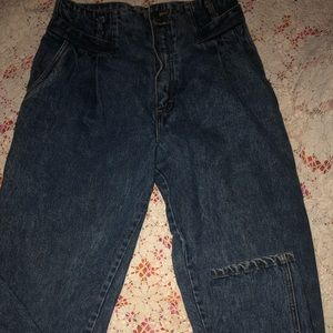 Vintage weathered blue size 11/12  pleated  80s